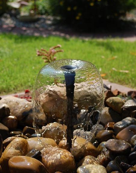 Gut bekannt Springbrunnen im Garten - Auswahl, Ideen, Bauanleitung CL01