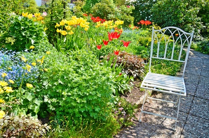 cottage garten anlegen ideen aufbau pflanzplan. Black Bedroom Furniture Sets. Home Design Ideas